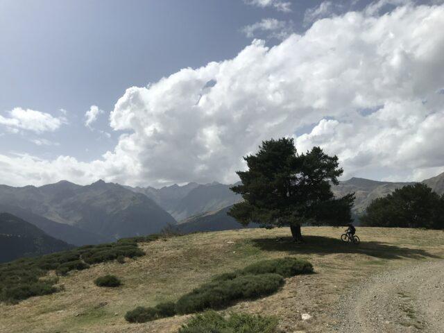 Disfruta de el otoño en la Val d'Aran con nuestras escapadas de fin de Semana.