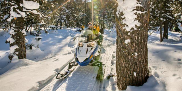 Motos de nieve en Baqueira Beret